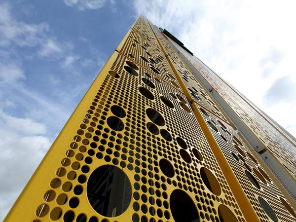 mat-dung-alu-facade-duc-lo-perforated-aluminium-facades-panel-14