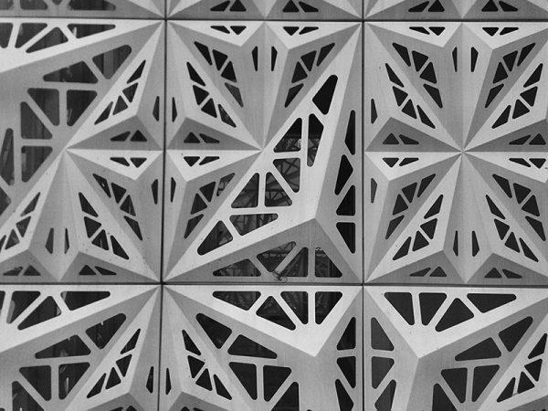 mat-dung-alu-facade-hoa-van-pattern-facade-panel